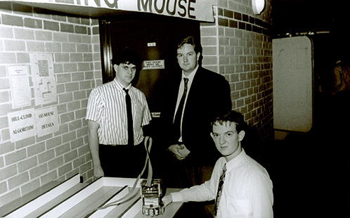 Computer Programming Project - A-mazing mouse Andrew Leahy, Glenn Farrell, Brenton Parker – 1992 (P2368)