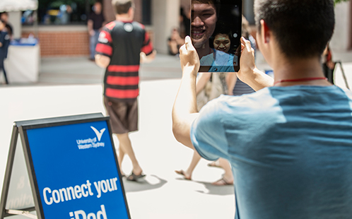 Image from 'New UWS students collect their free iPads'