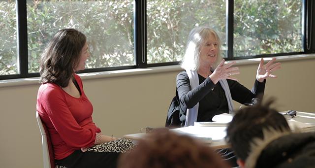 Lyn Hejinian presenting a seminar