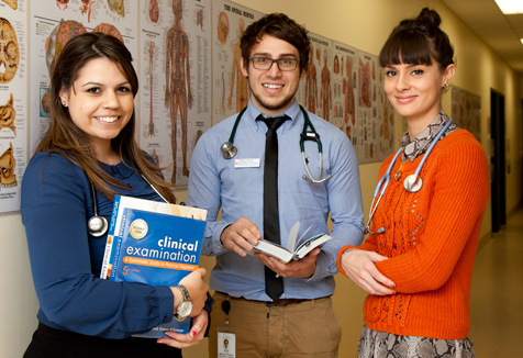 UWS medical science students (Image courtesy of UWS iMedia)