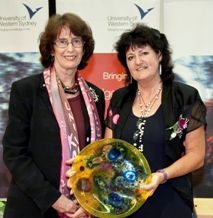 Vice-Chancellor Professor Janice Reid AM and Dr Helen Sommerville