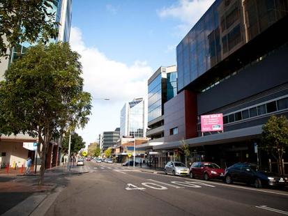 Parramatta City Campus - Street View