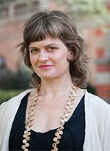 Portrait of Dr Sarah Barns