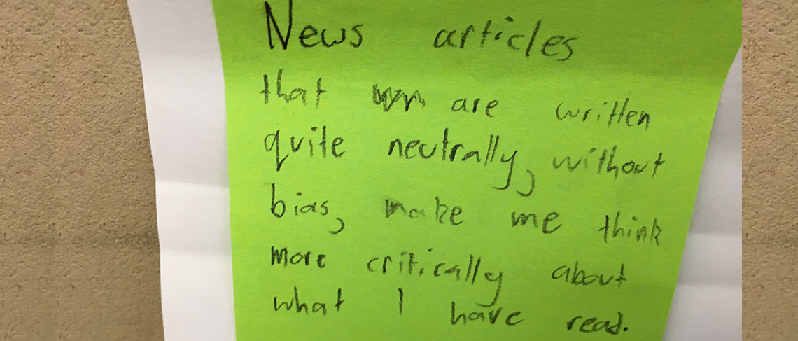News article post-it-note