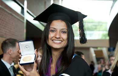 UWS MBBS graduate Tarandeep Greewal was awarded a prestigious ...