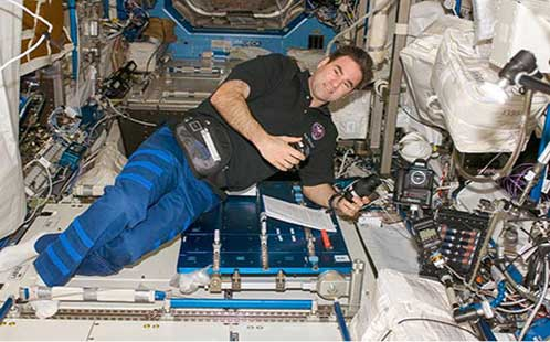Gregory Chamitoff in the Space Station Endeavour