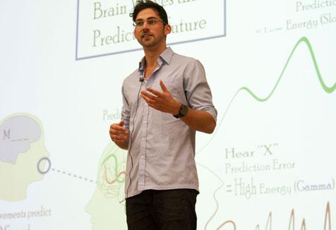 Tim Paris presenting