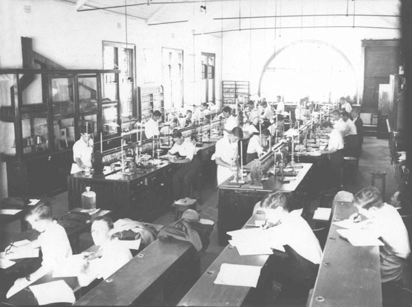 Chemical Laboratory Class - Students at work [Hawkesbury Agricultural College (HAC)]