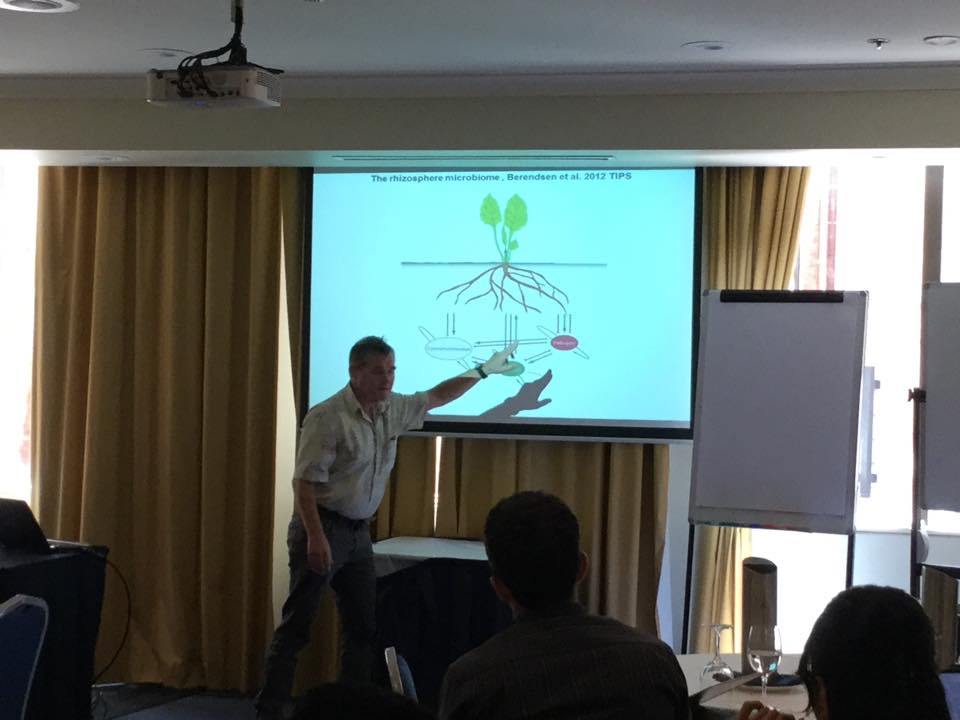 Professor Peter Bakker giving his presentation on rhizosphere microbiomes and disease control.