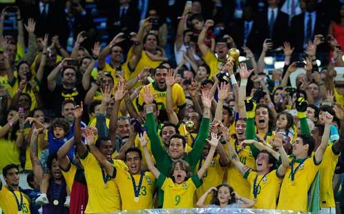 Brazilian team celebrates winning the Confederates Cup