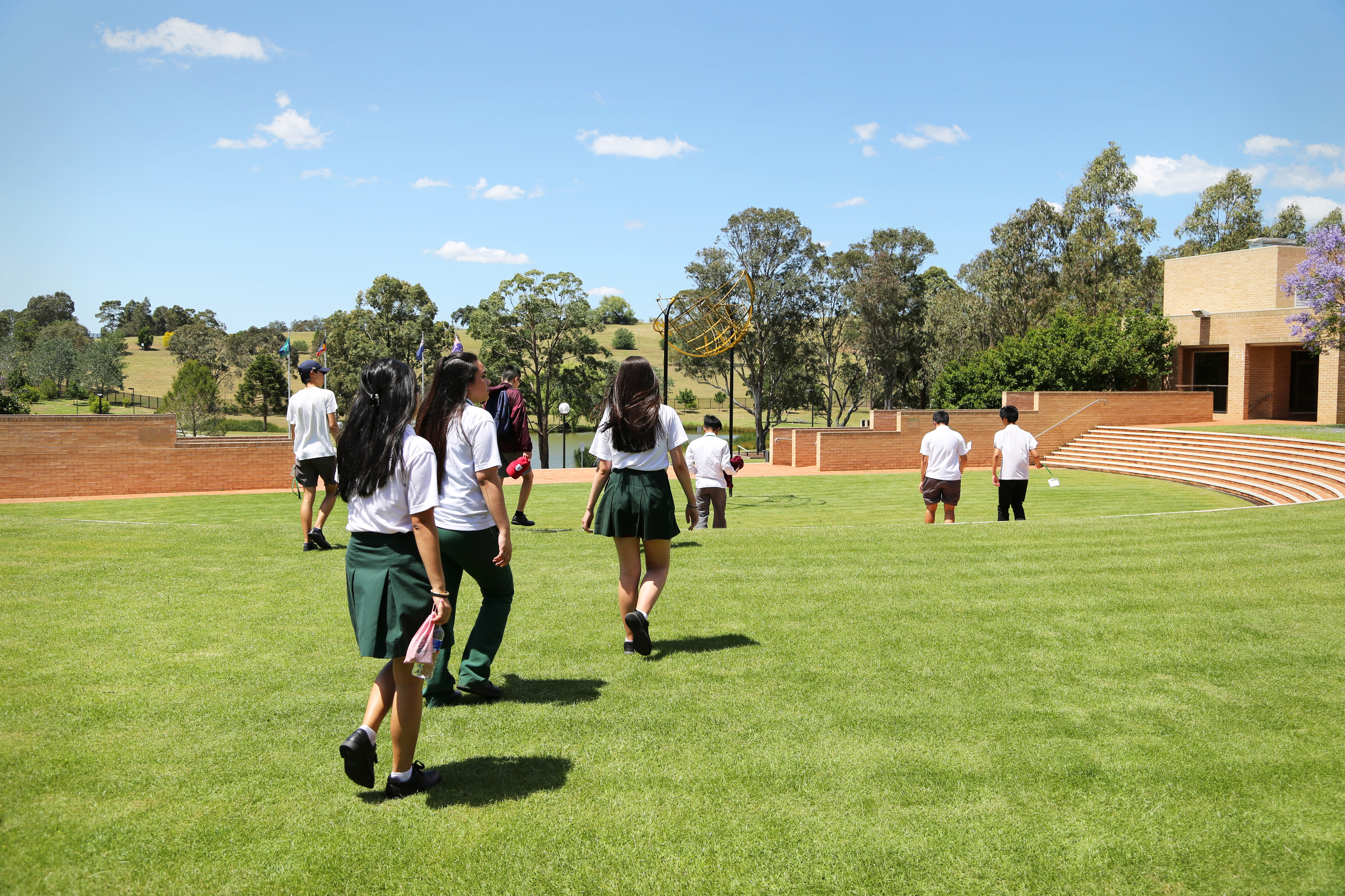 Students on Western Sydney campus