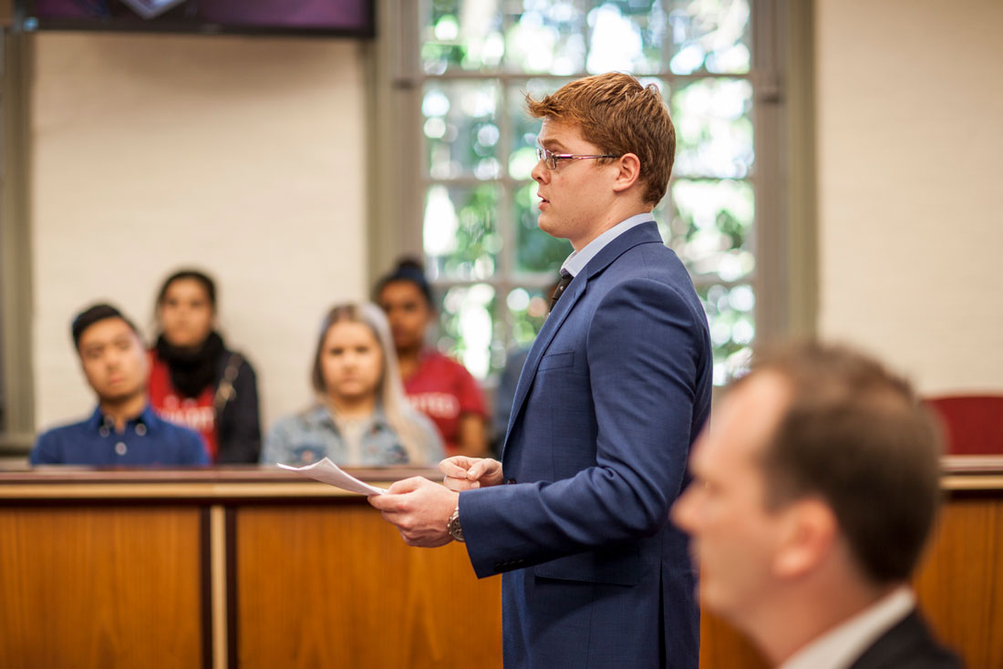 Learn how to successfully present a case in a moot court setting